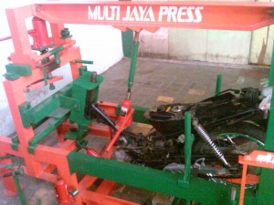 harga mesin press body,alat pres pelek racing,mesin press velg,mesin press velg motor,bengkel press velg motor,alat press velg,alat pres velg,bengkel press body motor,alat pengepres,pres velg racing motor,alat pres segitiga motor,press body motor jakarta